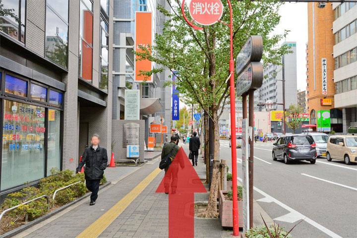 試写室江坂店駅からのルート5
