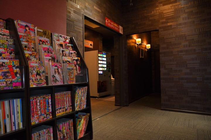 試写室和泉店内写真2