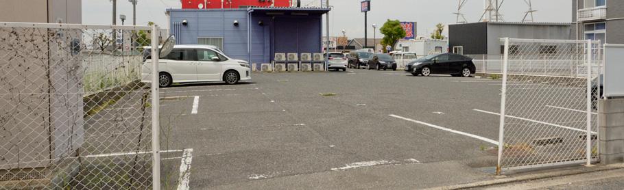 試写室アズアズ和泉店駐車場