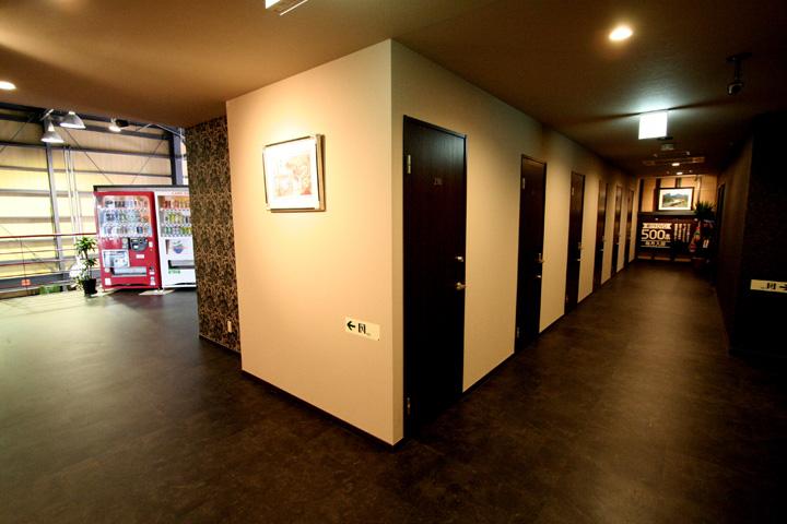 試写室奈良広陵店内写真2