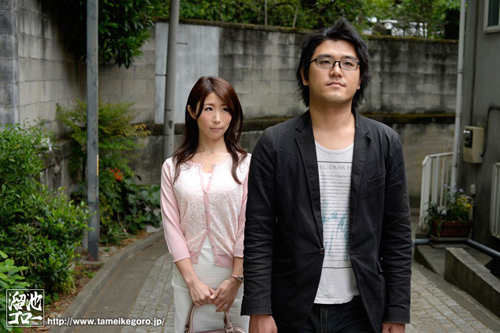 夫の親族一同に輪姦された美人妻 篠田あゆみサンプル画像1