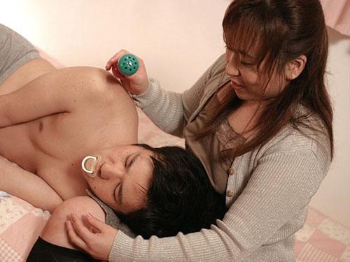 息子に乳汁を吸われた義母 第二章サンプル画像5