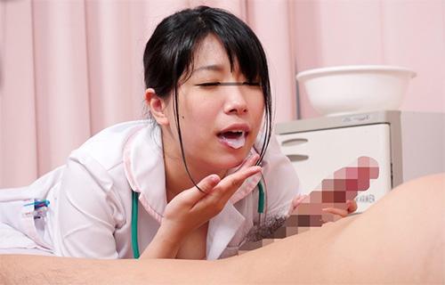 「『射精してくれると嬉しくなっちゃうんです』清拭中に亀頭ばかり拭く看護師のチ○ポ扱いがエロすぎて何度も射精させられた」VOL.1サンプル画像3